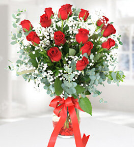 17-red-roses-