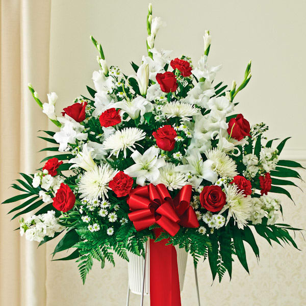 red-&-white-sympathy-standing-basket