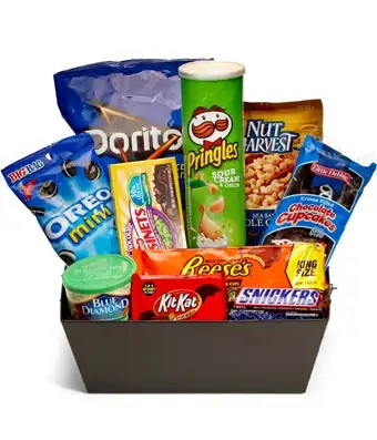 ultimate-junk-food-basket