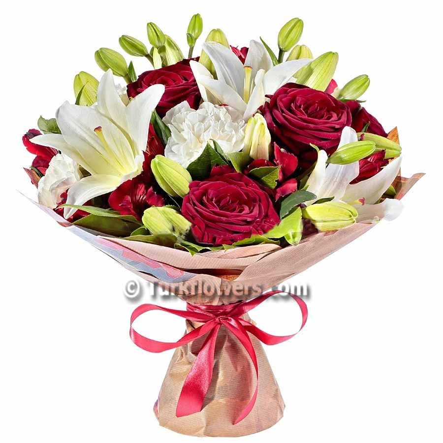lily-and-red-roses-bouqhet
